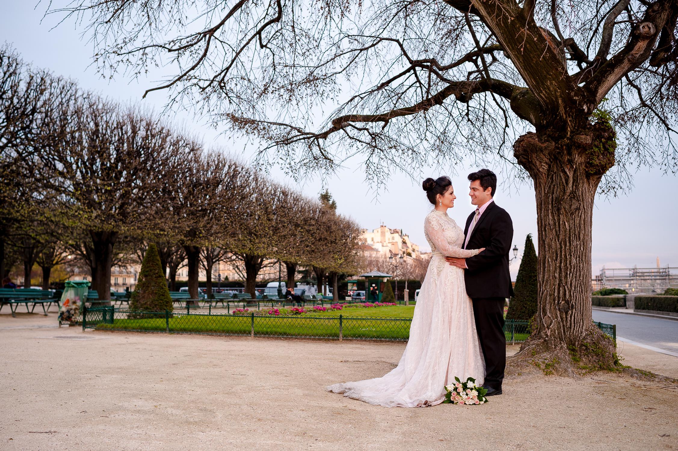 sessao fotografica de noivos em paris
