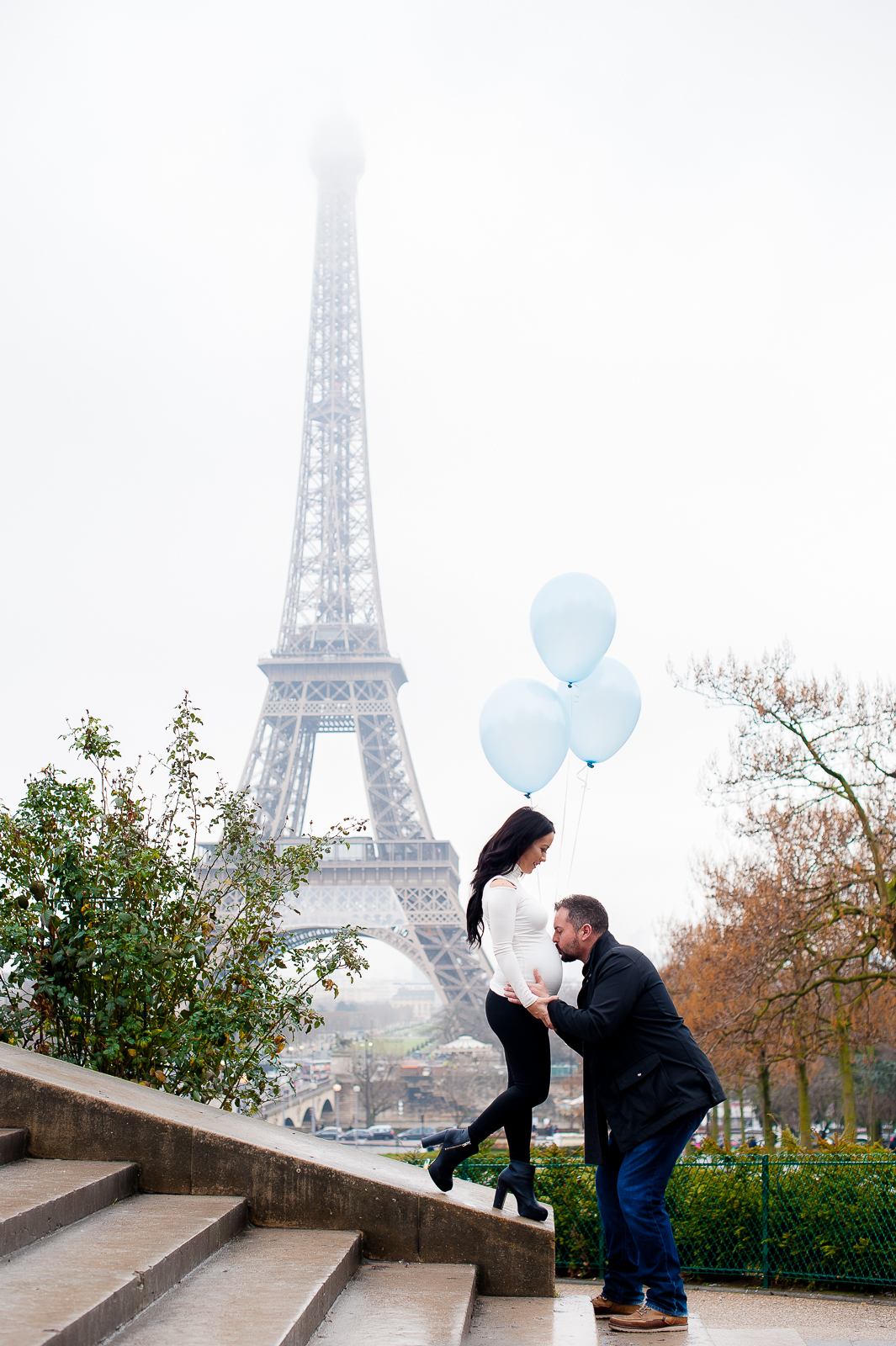 pregnancy photo shoot in paris