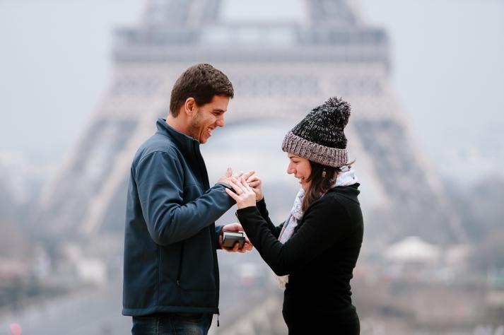 sessao de fotos pedido de casamento em paris